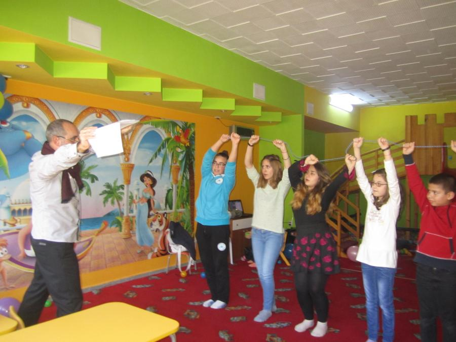 A few photos from the work and fun, which happened last Sunday (6 Dec) with the group in Veliko Tarnovo.